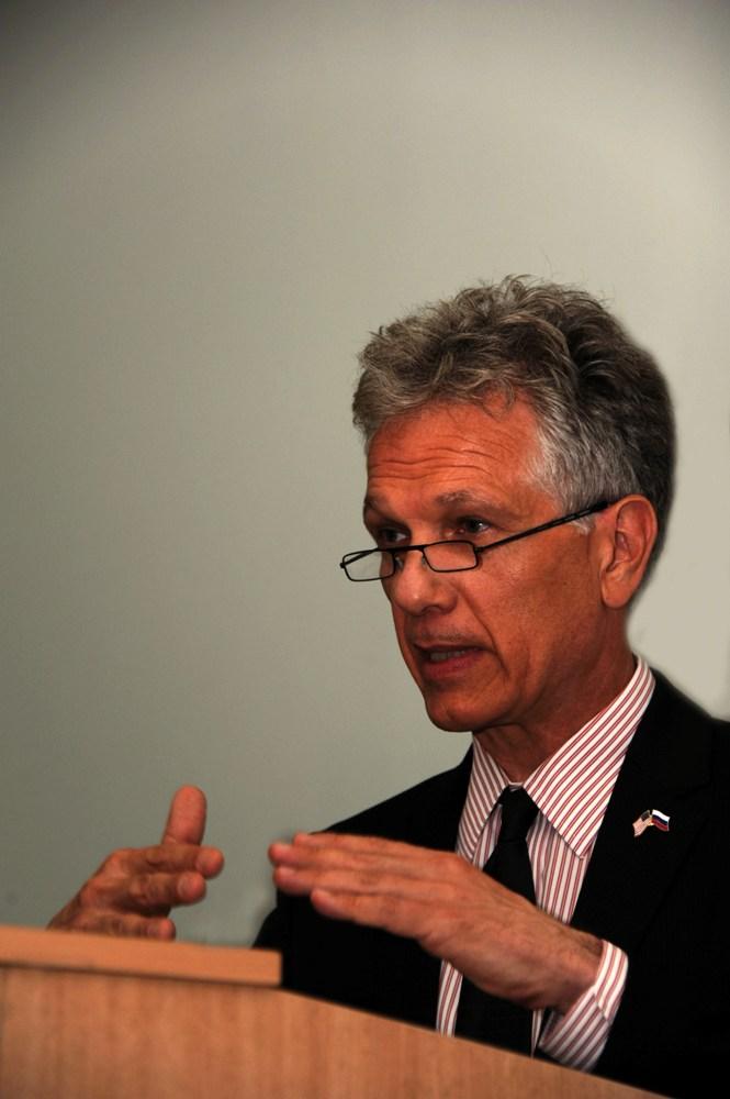 Брюс Тернер, генеральный консул США в Санкт-Петербурге: «Основное препятствие в общении — расстояние между США и Россией»