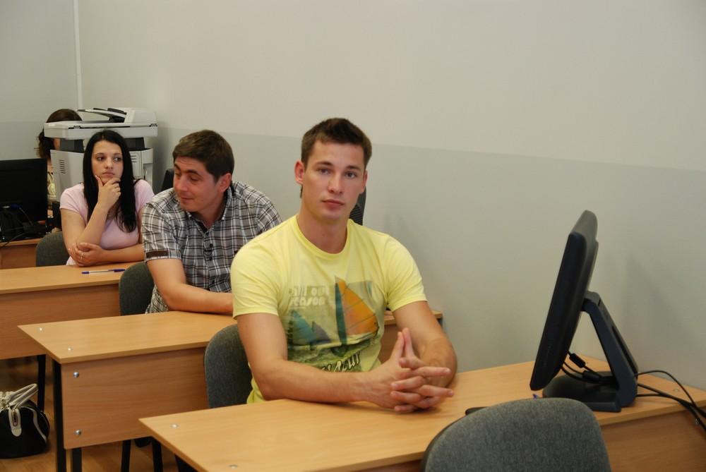 Трудовых мигрантов будут тестировать на знание русского языка